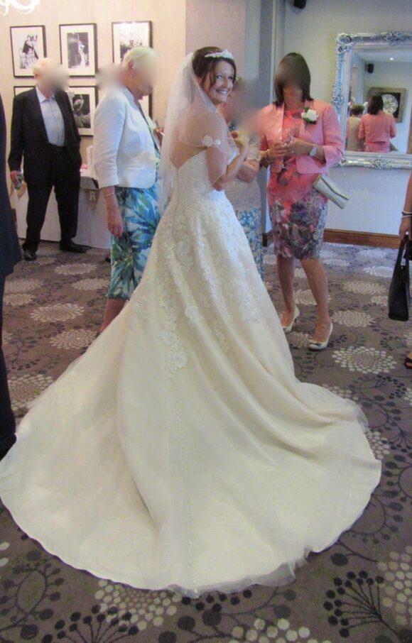 Allure | Wedding Dress | Aline | C2183