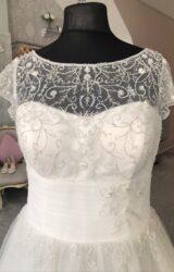 Veromia | Wedding Dress | Aline | M161S