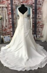 Hilary Morgan | Wedding Dress | Fit to Flare | CA204G