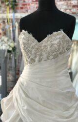 Angelina Faccenda | Wedding Dress | Aline | CA211G