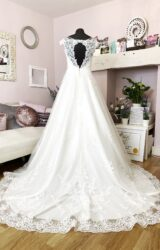 Rebecca Ingram | Wedding Dress | Aline | W883L
