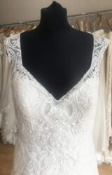 Allure | Wedding Dress | Aline | L422C