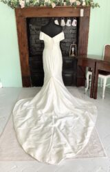 Alan Hannah | Wedding Dress | Fit to Flare | SH137S