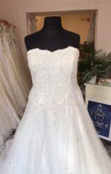 Victoria Kay | Wedding Dress | Aline | T152F
