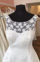 White Rose | Wedding Dress | Aline | T148F