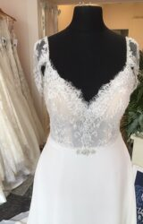 Eternity | Wedding Dress | Aline | T160F