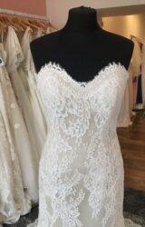 Augusta Jones | Wedding Dress | Fit to Flare | T170F