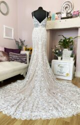 Watters | Wedding Dress | Fit to Flare | W889L
