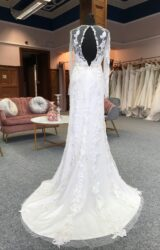 Sheryl Couture   Wedding Dress   Fit to Flare   G32C