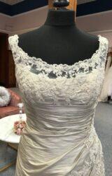 Pronovias | Wedding Dress | Fit to Flare | G17C