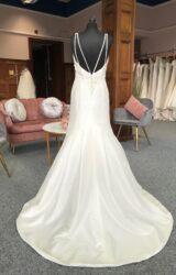 Amanda Wyatt | Wedding Dress | Fit to Flare | G33C