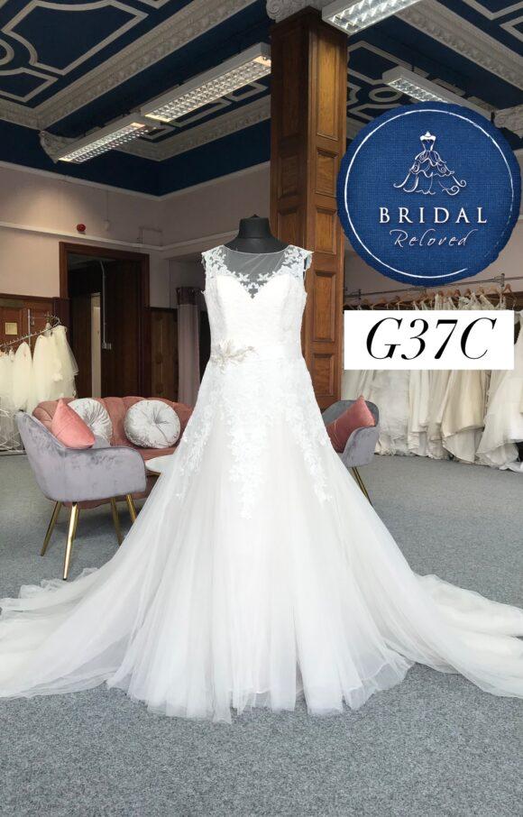 Benjamin Roberts   Wedding Dress   Aline   G37C