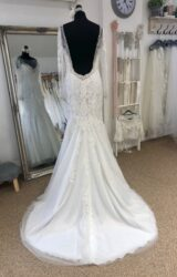 Eternity | Wedding Dress | Fit to Flare | LE326M