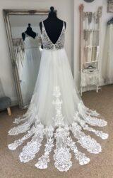 Terra Bridal | Wedding Dress | Aline | LE391M