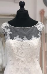 Enzoani   Wedding Dress   Fit to Flare   LE379M