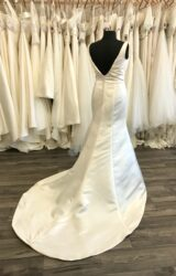 Benjamin Roberts | Wedding Dress | Fit to Flare | C195JL