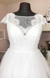White Rose | Wedding Dress | Aline | W962L