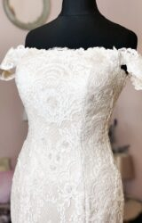 White Rose | Wedding Dress | Fit to Flare | W964L