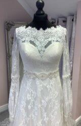 Lou Lou | Wedding Dress | Fit to Flare | SU116L