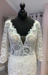 Casablanca | Wedding Dress | Fit to Flare | SU117L