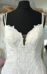 Essense of Australia   wedding Dress   Fishtail   M175