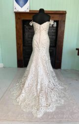 White Rose | Wedding Dress | Fit to Flare | SH174S