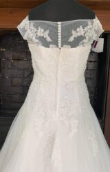 White Rose | Wedding Dress | Aline | SH175S
