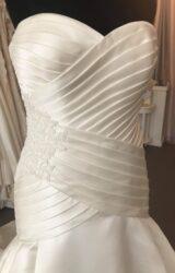 Pronovias | Wedding Dress | Drop Waist | B42M
