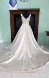 Eternity | Wedding Dress | Aline | SH181S