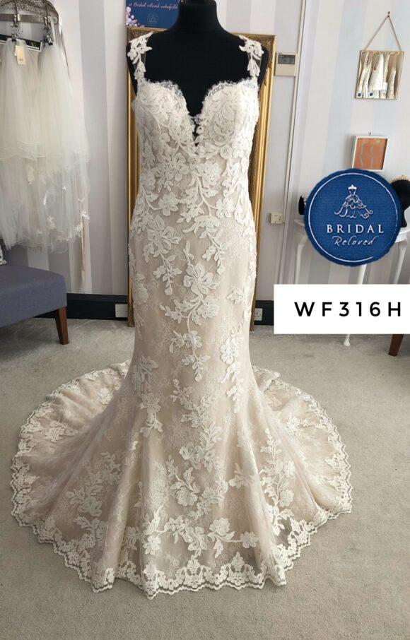 Pronovias | Wedding Dress | Fit to Flare | WF316H