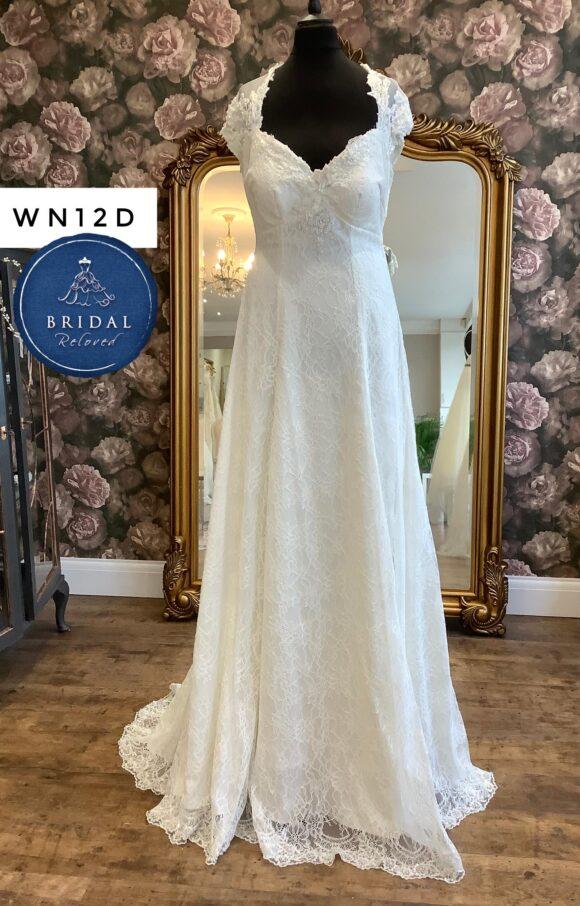 Terry Fox | Wedding Dress | Aline | WN12