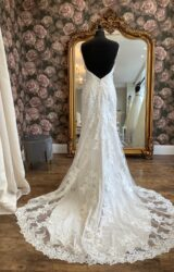 Stella York | Wedding Dress | Fit to Flare | WN27D