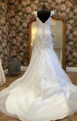 Maggie Sottero | Wedding Dress | Drop Waist | WN38D