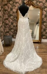 Mon Cheri | Wedding Dress | Fit to Flare | WN31D