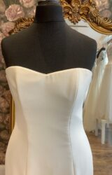 Stewart Parvin   Wedding Dress   Fit to Flare   WN55D
