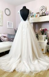 White Rose | Wedding Dress | Aline | W970L