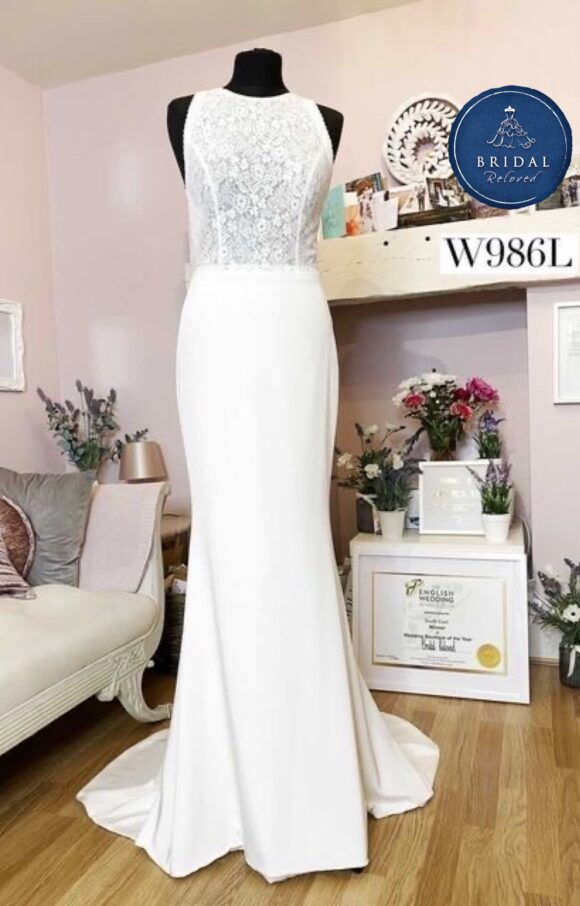 Sassi Holford | Wedding Dress | Fit to Flare | W986L