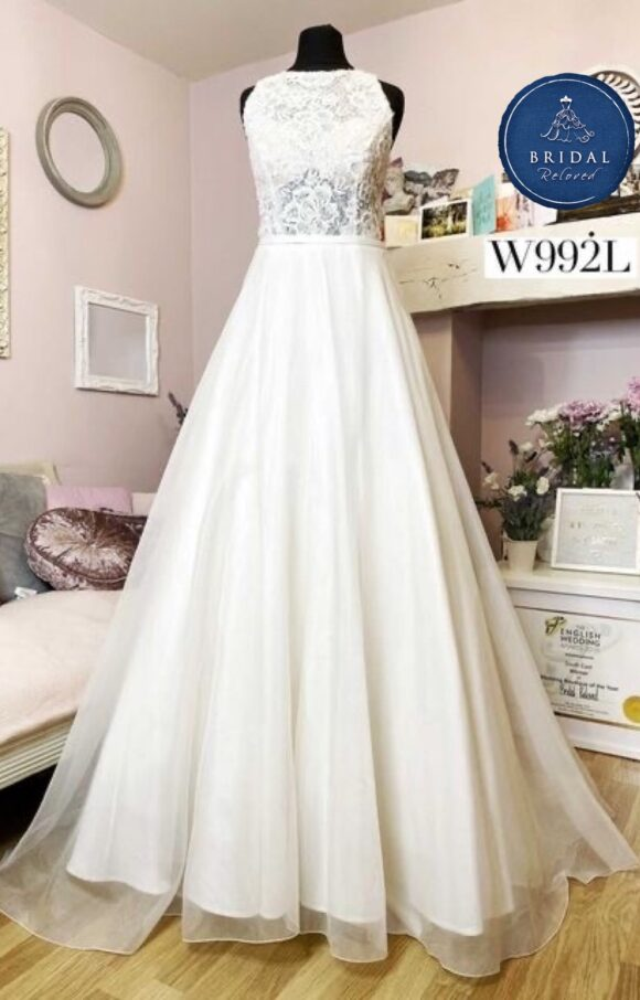 Sassi Holford   Wedding Dress   Aline   W992L