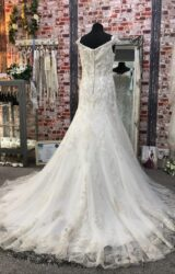 White Rose | Wedding Dress | Fit to Flare | CA224G