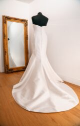 Sassi Holford | Wedding Dress | Fit to Flare | WH245C
