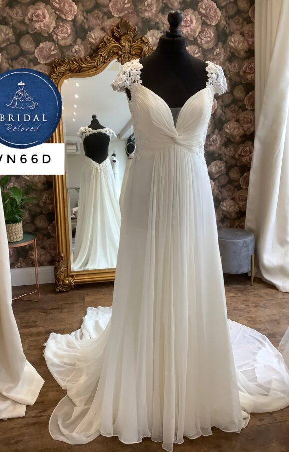 Eliza Jane Howell   Wedding Dress   Empire   WN66D