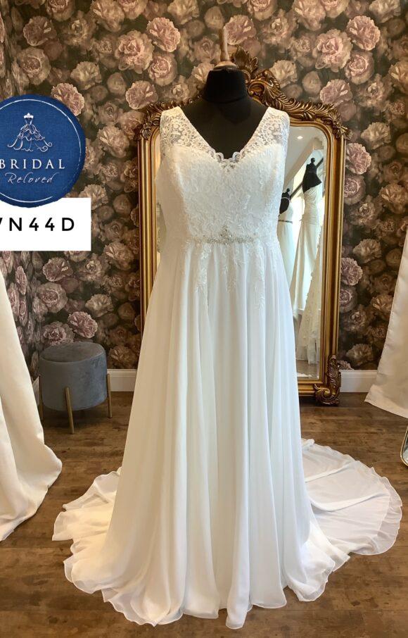 Terra Bridal | Wedding Dress | Aline | WN44D