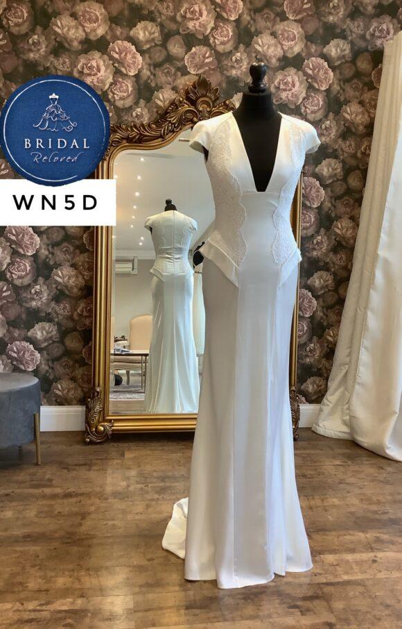 David Fielden   Wedding Dress   Column   WN5D
