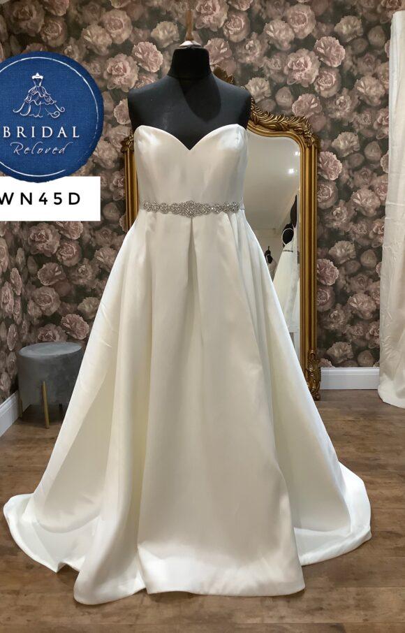 Terra Bridal | Wedding Dress | Aline | WN45D
