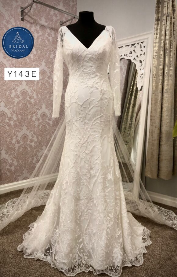 Nieve Couture   Wedding Dress   Fit to Flare   Y143E