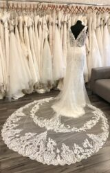 Richard Designs | Wedding Dress | Fit to Flare | C200JL