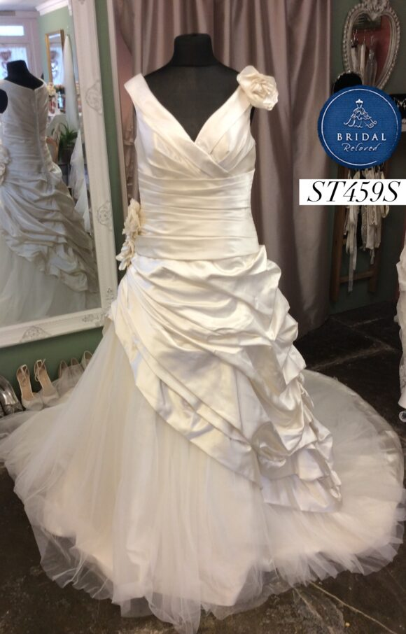 Ronald Joyce   Wedding Dress   Aline   ST459S
