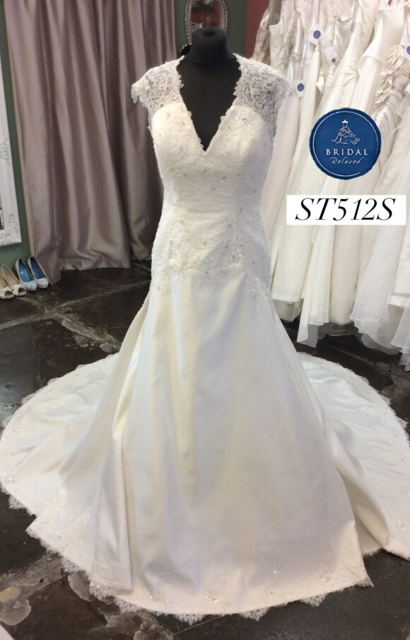 Amanda Wyatt   Wedding Dress   Drop Waist   ST512S