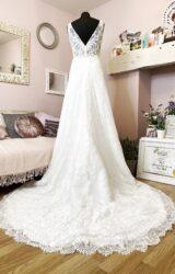 White Rose | Wedding Dress | Aline | W1001L