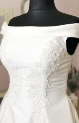 White Rose | Wedding Dress | Aline | W1023L